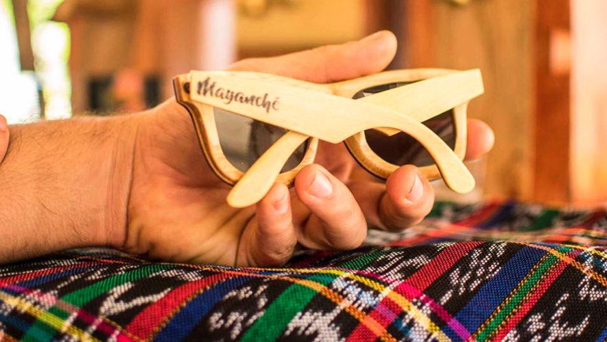Mayanché, lentes de sol elaborados con material reciclado