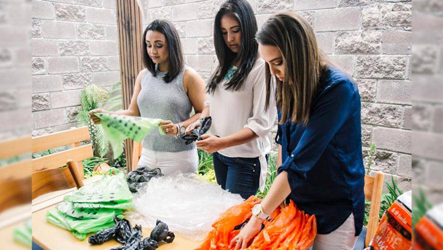 Namash, carteras elaboradas con bolsas plásticas por mujeres guatemaltecas