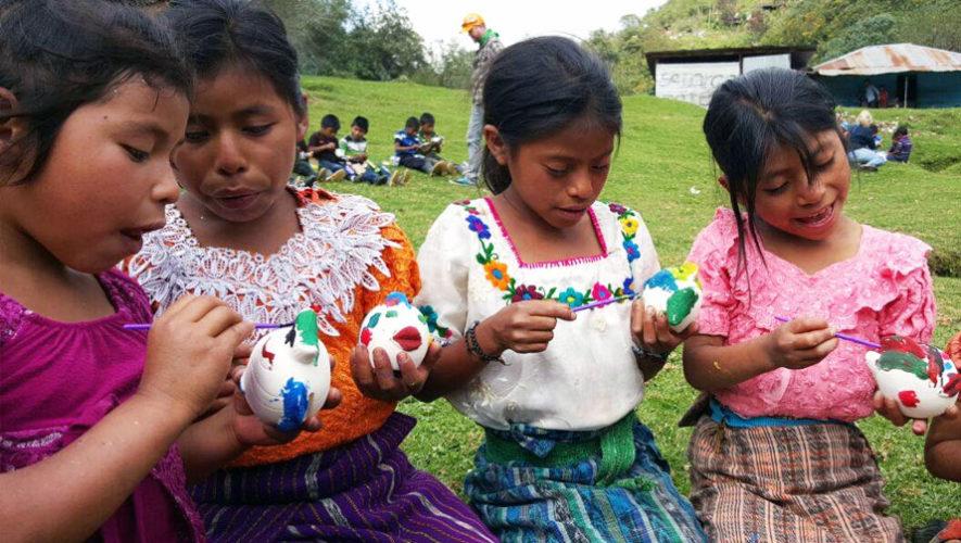 Alas de Papel, exposición de arte de niños de Quiché en Guatemala | Mayo 2018