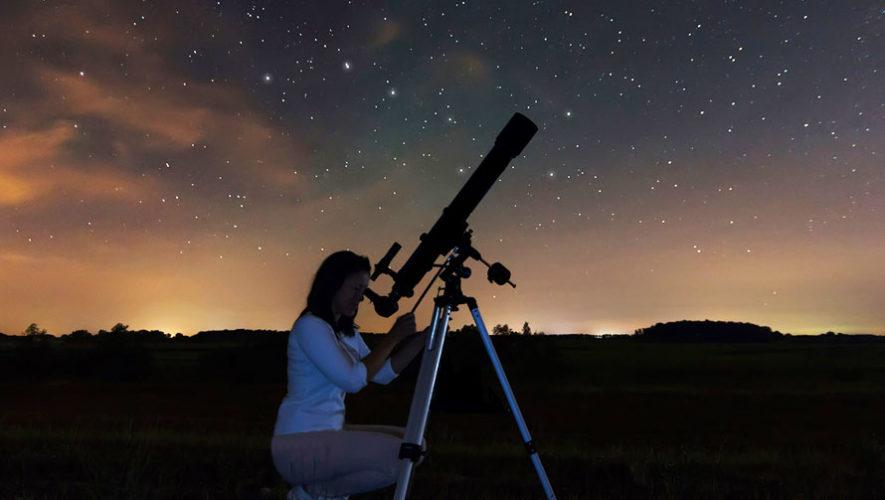 Club de Astronomía en Sophos 2018