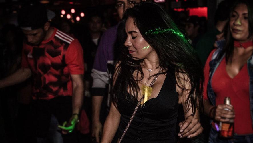 Fiesta con DJs invitados en SOMA | Mayo 2018