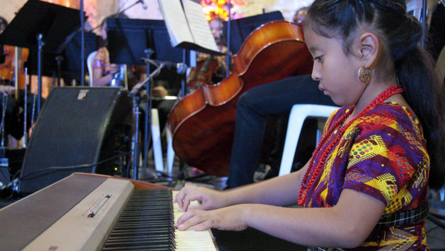 Concierto gratuito de Yahaira Tubac por el Día de la Madre | Mayo 2018