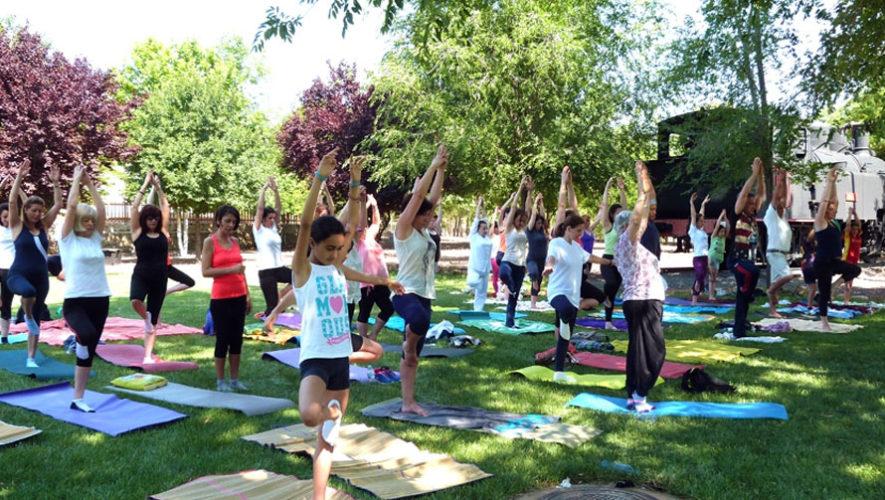 Celebración del Día Mundial del Yoga   Junio 2018