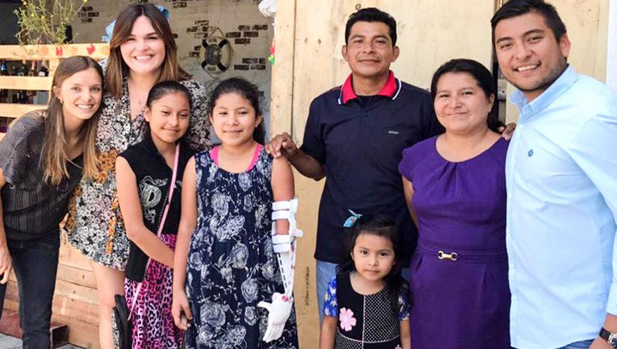 Imprende produce prótesis en una impresora 3D para ayudar a los guatemaltecos