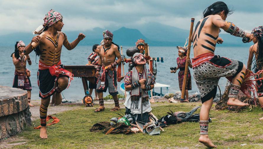 Presentación del documental guatemalteco Ruk'U'x Ixin
