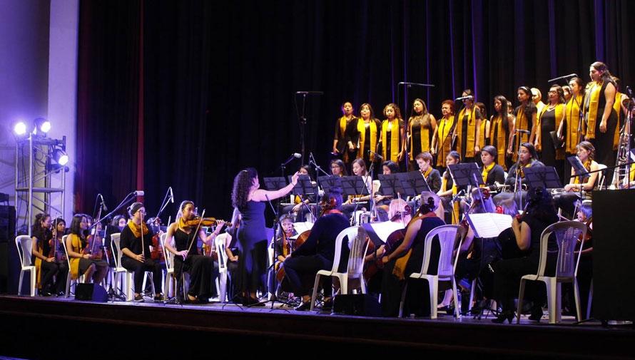 Concierto de la Orquesta Sinfónica Juvenil Femenina y Coro Alaíde Foppa