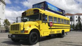 Bus de Luz llevará útiles escolares a niños en Guatemala