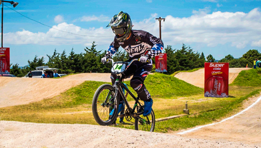 Cesar González alcanzó el top 10 del Ranking Mundial UCI de BMX 2019