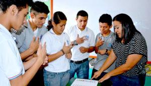 Cursos de lenguaje de señas y braile en Guatemala | Enero 2019