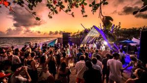 Fiesta en la playa en Flores, Petén | Enero 2019