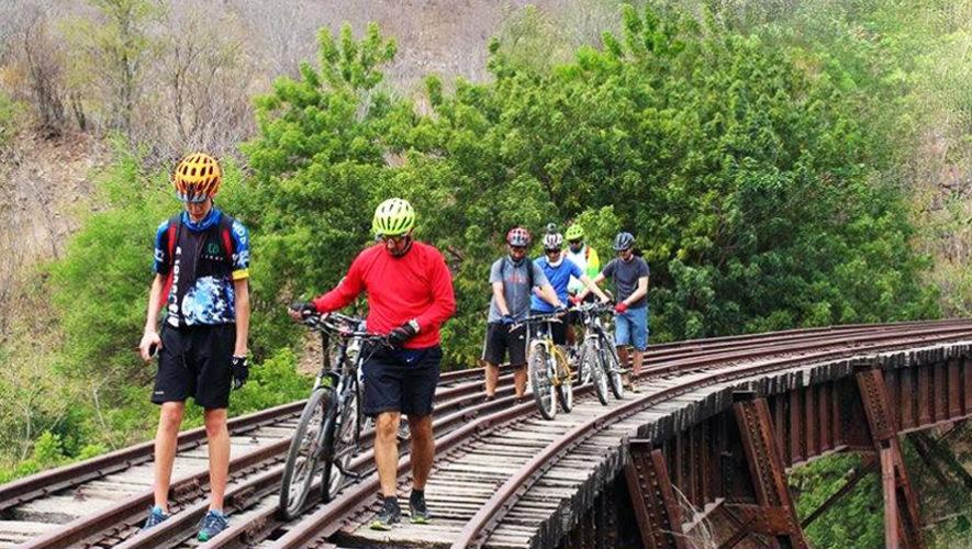 Recorrido en bicicleta por las vías férreas de oriente | Enero 2019