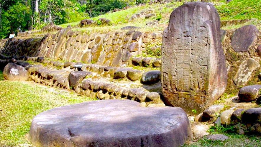 Recorrido histórico por el sitio arqueológico Takalik Abaj | Febrero 2019