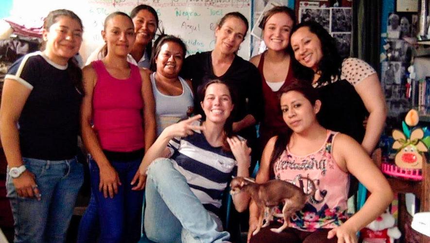 Serigrafía de la Gringa es un proyecto que ayuda a mujeres guatemaltecas