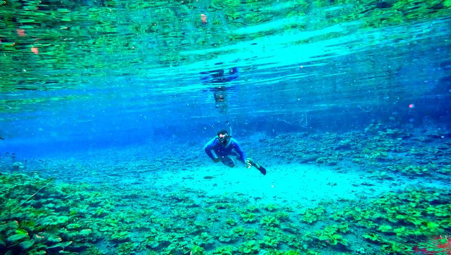 Viaje para nadar en las aguas del Cráter Azul, en Petén | Febrero 2019