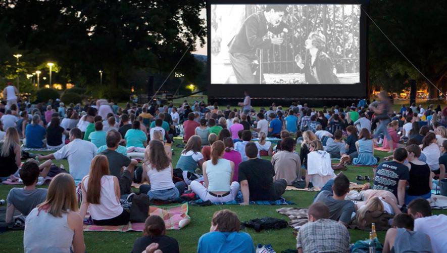 Noche de cine y conciertos al aire libre | Febrero 2019