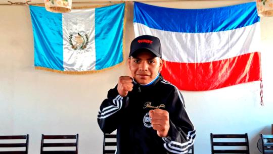 Pablo Macario peleará por el título mundial juvenil de peso mosca en México