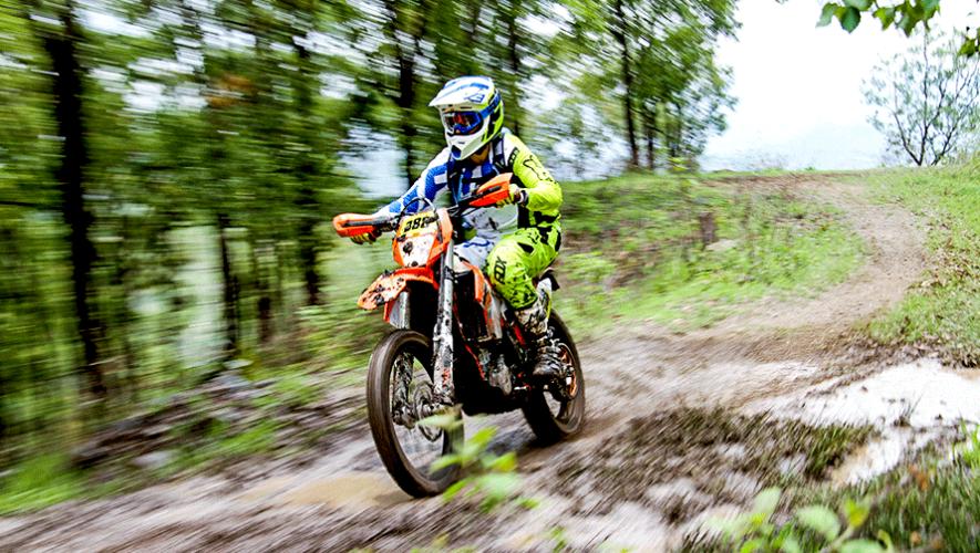 Qué es el Moto Enduro y cómo puedes entrenar en Guatemala