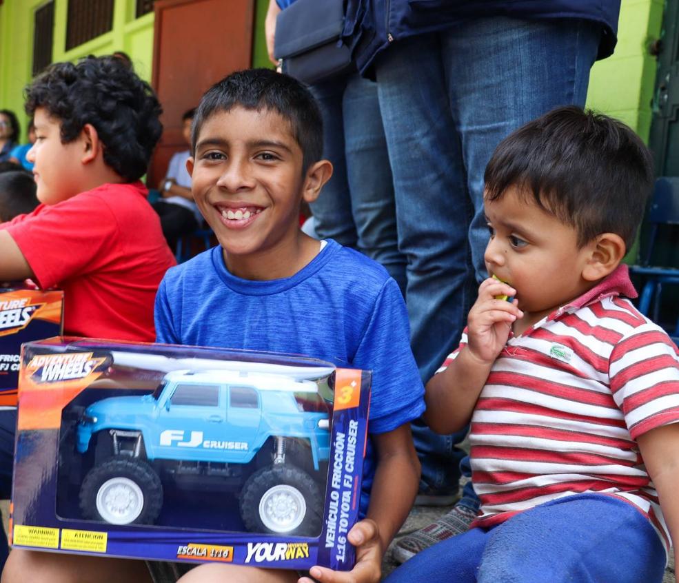 Recaudan ropa y medicina para la Obras Sociales del Santo Hermano Pedro, Antigua Guatemala