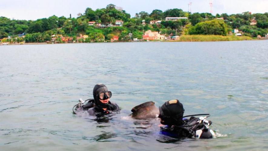 Arqueólogos polacos descubrieron cientos de piezas mayas en el Lago Petén Itzá