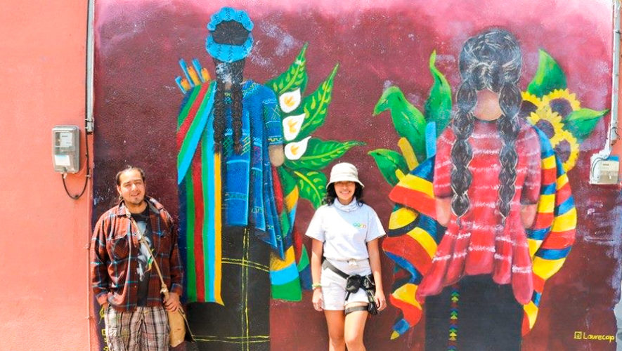 Artistas Guatemaltecos Realizaron Coloridos Murales En Panajachel
