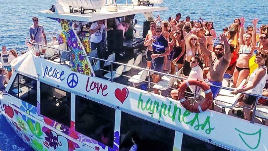 Fiesta en barco por el Lago de Atitlán | Abril 2019