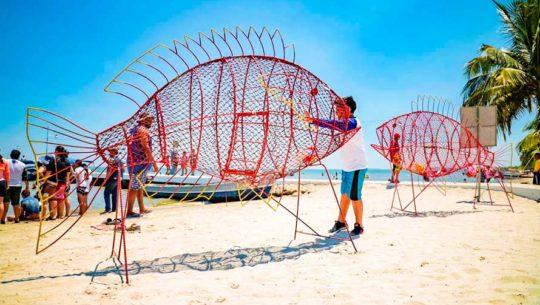Fish Pet: Peces metálicos llegan a las playas de Puerto Barrios, en Izabal