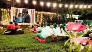 Proyección de cine al aire libre para parejas   Mayo 2019