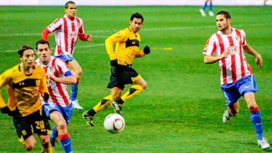 Carlos Ruiz, el único guatemalteco en jugar en una competencia europea