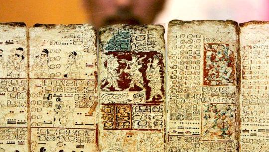 La historia del Popol Vuh, el libro sagrado de la civilización maya