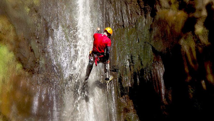 Viaje a Catarata La Rinconada para practicar rappel   Mayo 2019
