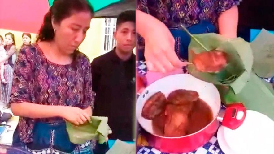 En Alta Verapaz venden molletes en hojas de plátano para cuidar el medio ambiente