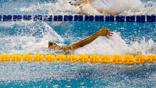 Erick Gordillo se colgó 2 medallas en el TYR Pro Swim Series Clovis 2019