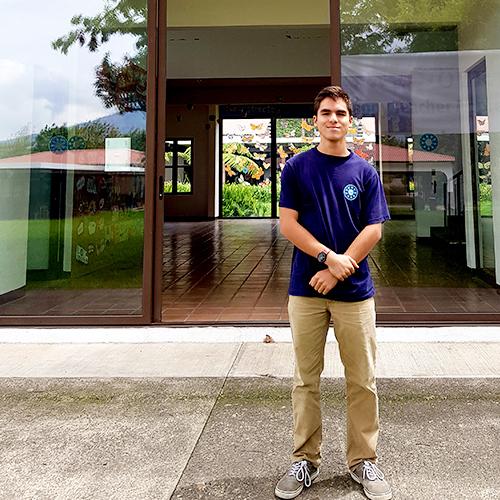 José Pablo Siliezar ganó una beca en la Universidad de Toronto, Canadá