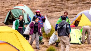 Viaje para limpiar las faldas del Volcán de Agua   Julio 2019