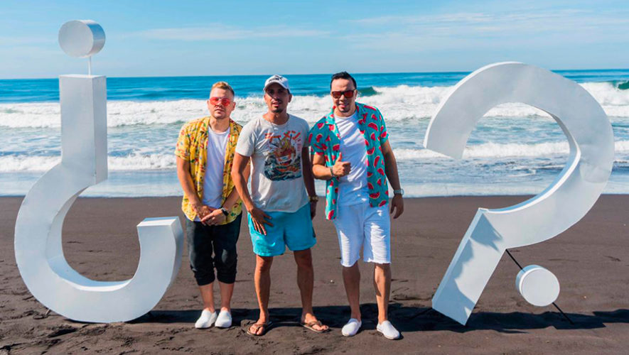 Alex Zurdo y Funky grabaron en Guatemala su nuevo videoclip ¿Pa' que preguntan?