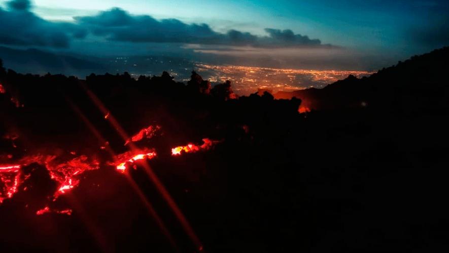 Ascenso nocturno al volcán de Pacaya | Julio-Agosto 2019