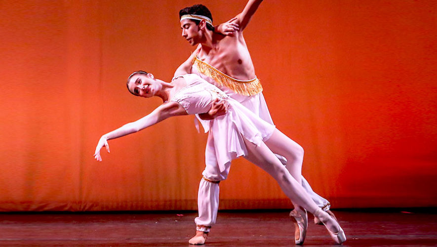 Charla con Lenin Valladares, miembro del Ballet de Florida, EE.UU.   Julio 2019