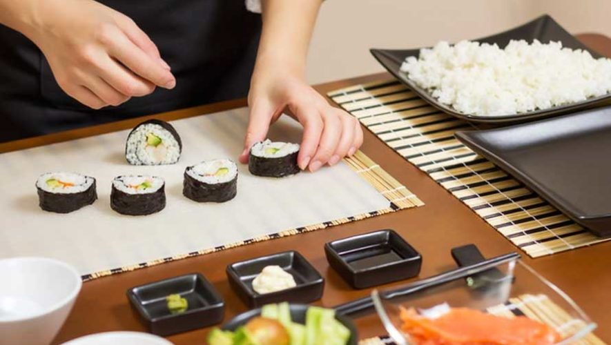 Clase de cocina para preparar sushi en Zona 4   Julio 2019