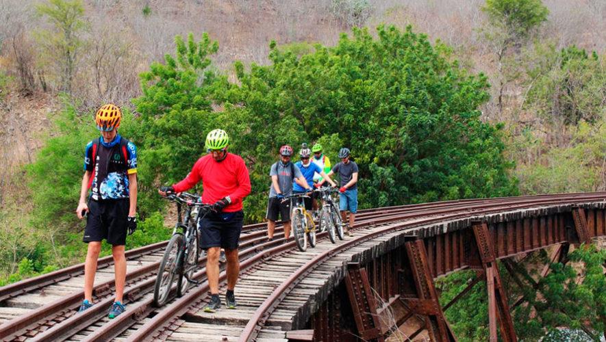 Colazo por las vías férreas de Sanarate, El Progreso   Julio 2019