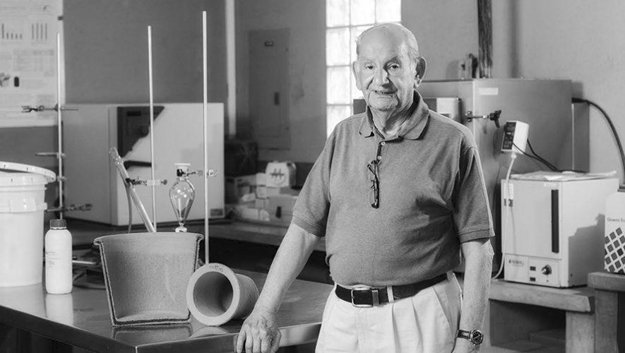 José Mazariegos Anleu, inventor de Ecofiltro, es homenajeado en el Museo del Ferrocarril