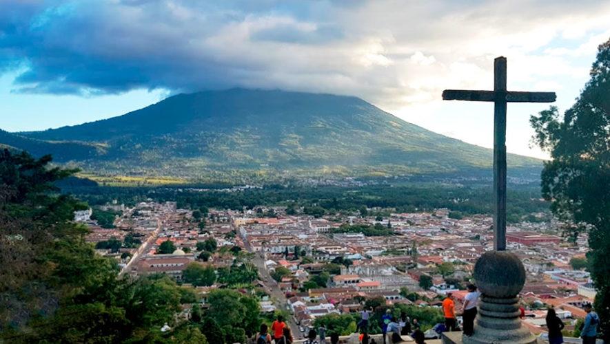 Presentación de libro acerca del Cerro de la Cruz   Julio 2019