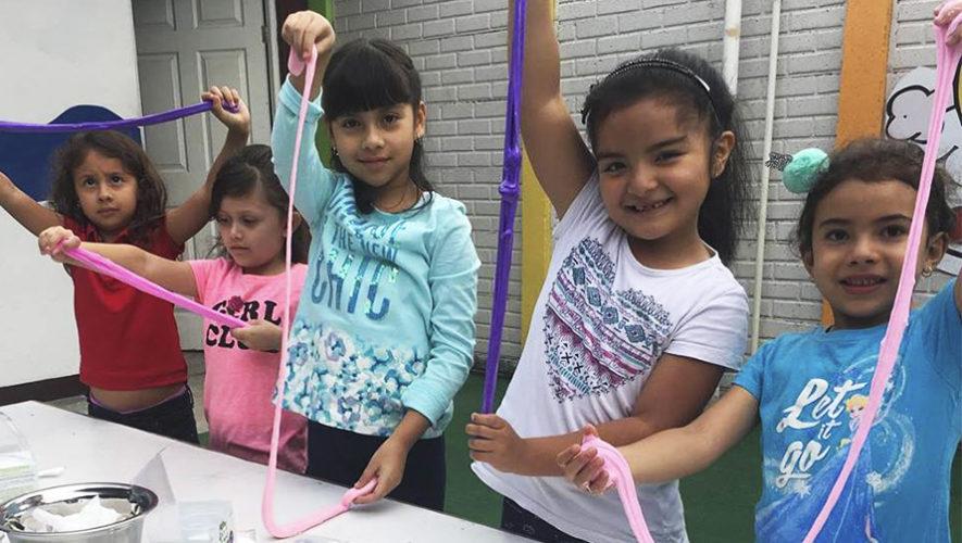 Taller para aprender a hacer slime para niños en la Ciudad de Guatemala | Julio 2019