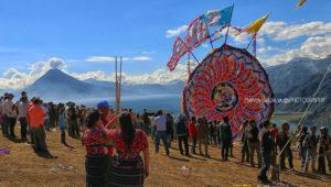 Festival de barriletes gigantes en el Lago de Atitlán | Noviembre 2019