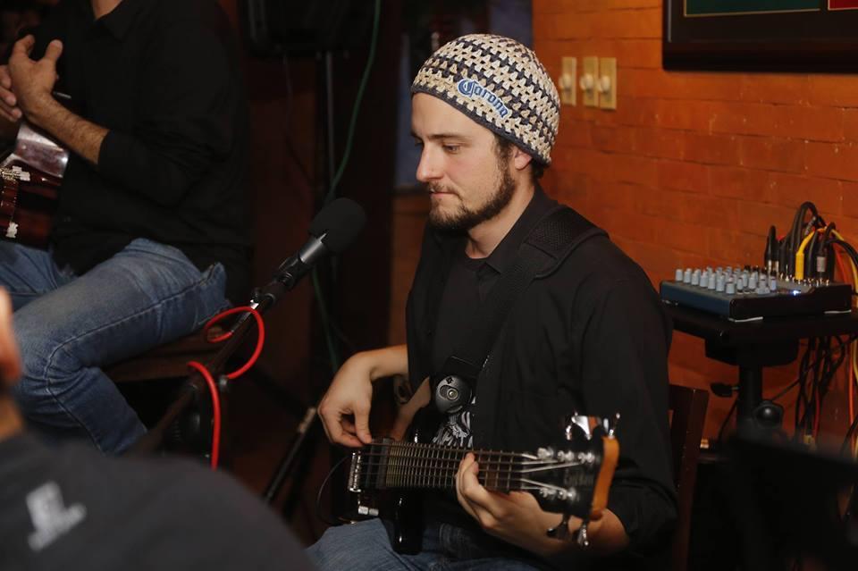 Javier, músico guatemalteco en Lima 2019