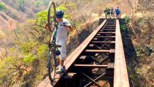 Recorrido de 40K en bicicleta por las vías férreas   Agosto 2019
