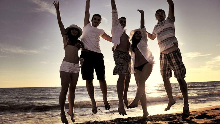 Viaje y fiesta en la playa de Monterrico | Agosto 2019