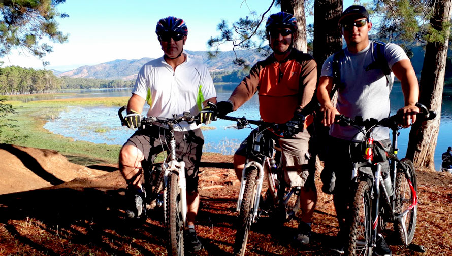 Viaje y tour en bicicleta por la Laguna El Pino