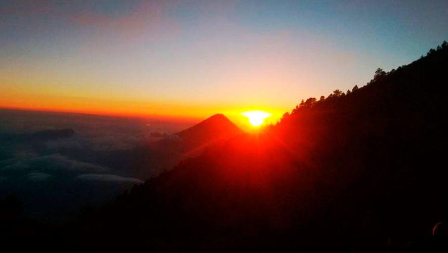 Ascenso nocturno para ver el amanecer en el Volcán Acatenango | Septiembre 2019