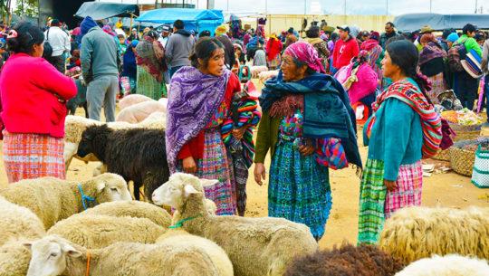 El mercado más grande de Guatemala está en San Francisco el Alto, Totonicapán