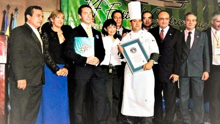 Hace 10 años Guatemala obtuvo el Récord Guinness al Buffet más largo del mundo